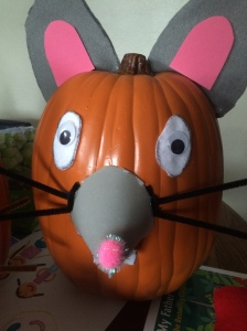 Natasha transformed her pumpkin into a mouse!